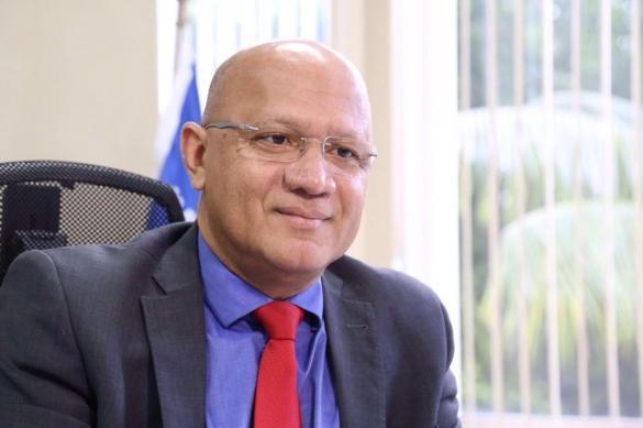 Secretário de Estado da Administração e Previdência, Franzé Silva
