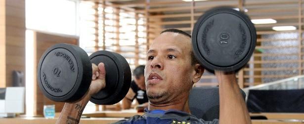 Luis Fabiano pede paciência à torcida do Vasco