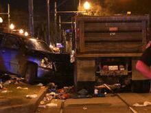Carro invade desfile e deixa 28 feridos no carnaval de New Orleans