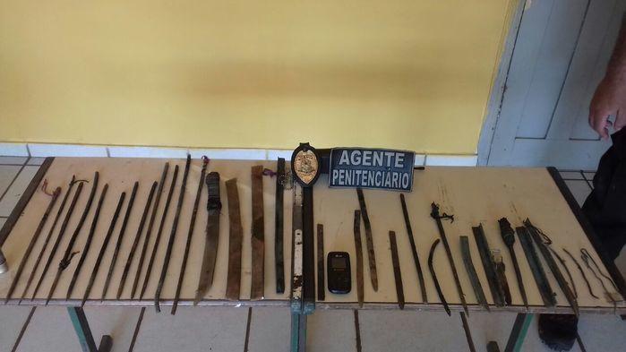 Agentes encontram armas e celulares na Penitenciária de Esperantina