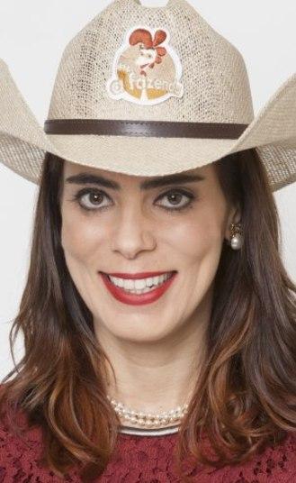 Socialite Heloísa Faissol é encontrada morta pelo filho no RJ