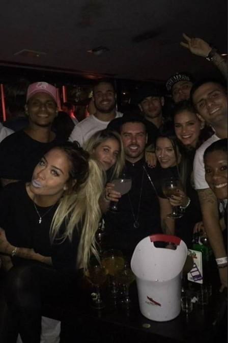 Neymar comemorou os seus 25 anos