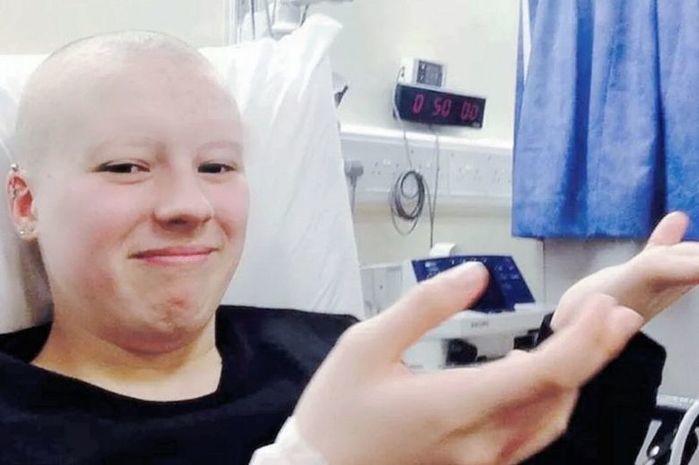 Eli Stewart forjou que estava com câncer