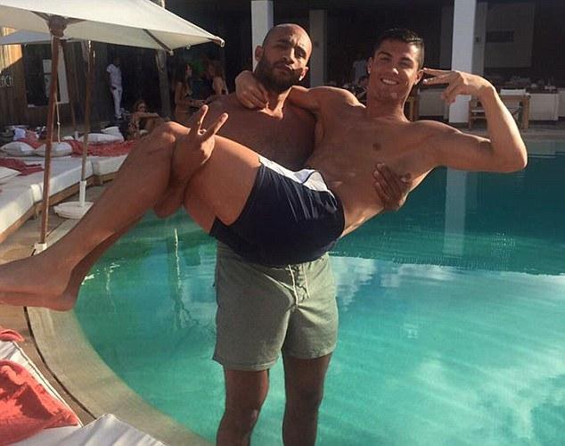 Hari e Cristiano Ronaldo (Crédito: Reprodução)