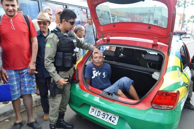 Após perseguição no centro comercial, fugitivo é preso pela PM
