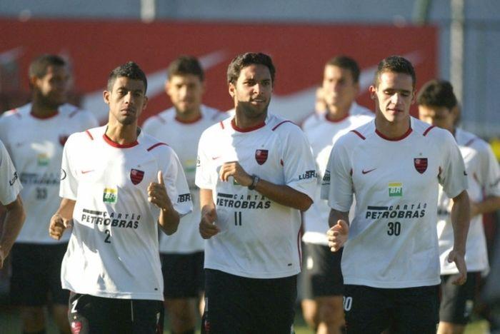 Renato Augusto e Léo Moura nos tempos de Flamengo