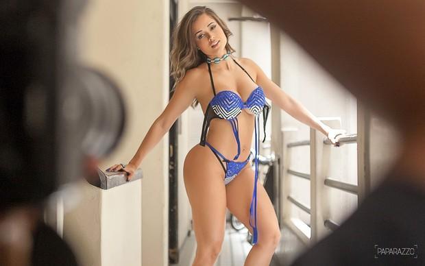 Aryane Steinkopf no Paparazzo