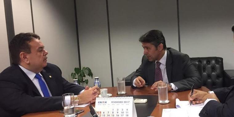 Silas Freire cobra nomeação de servidores do INSS