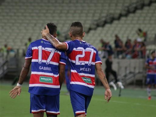 Jogadores do Fortaleza comemoram o gol (Crédito: Reprodução)