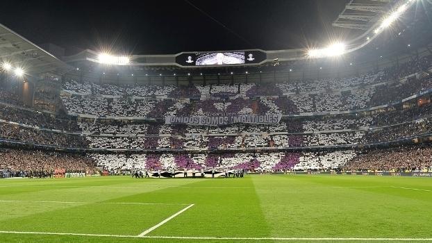 O estádio Santiago Bernabéu durante o jogo entre Real Madrid e Napoli (Crédito: Getty)