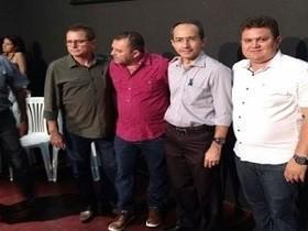 Prefeito participa de lançamento do programa Sertão Irrigado