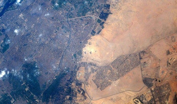 """""""Finalmente!"""", disse ao conseguir fotografar as pirâmides do Egito"""