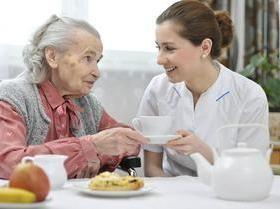 Idoso, cuidados dentro e fora de casa ajudam na qualidade de vida