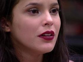 """""""BBB17"""":  Marcos quer ser só amigo de Emilly e sister chora"""
