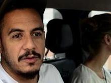 Marcelo D2 visita Arlindo Cruz: 'Mexe um pouco o pé'