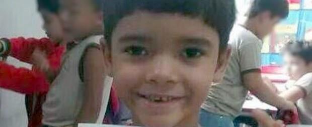 Criança morre após ter pescoço ferido por linha de pipa com cerol