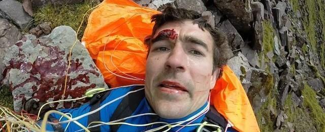 Homem faz selfie após bater em montanha e quebrar cinco vértebras