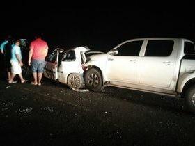 Colisão envolve 3 veículos e deixa pessoas feridas na PI-112