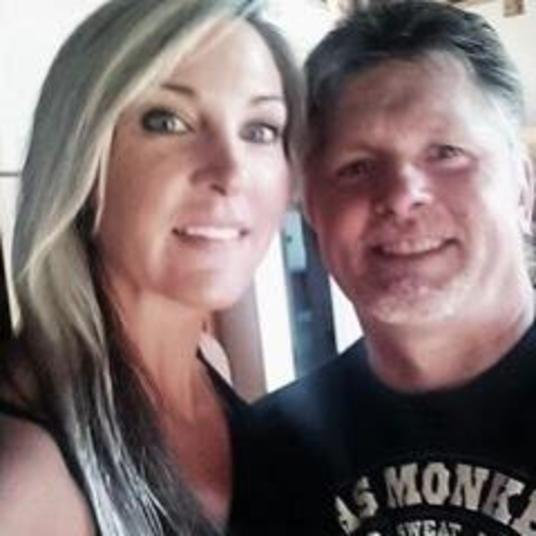 Brooke Lajiness e o marido