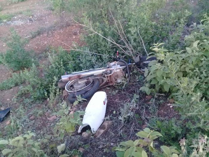 Moto envolvida no acidente na BR-407 (Crédito: Divulgação)