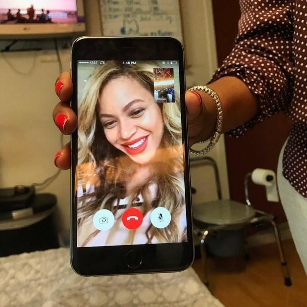 Beyoncé realiza sonho de uma fã