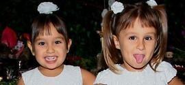 Gêmeas de Natália Guimarães roubam a cena em festa infantil