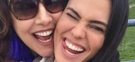 Ana Carolina posta foto divertida com a namorada, Leticia Lima