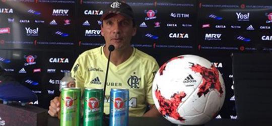 Zé Ricardo cogita usar Vinicius Junior no Brasileiro, mas com calma