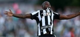 Com gol de Sassá, Botafogo vence o Bangu por 2 a 0 pela Taça Rio
