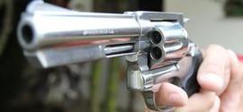Criança de 7 anos é atingida por tiro durante tentativa de assalto