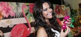 Viviane Araújo celebra aniversário de 42 anos com amigos famosos