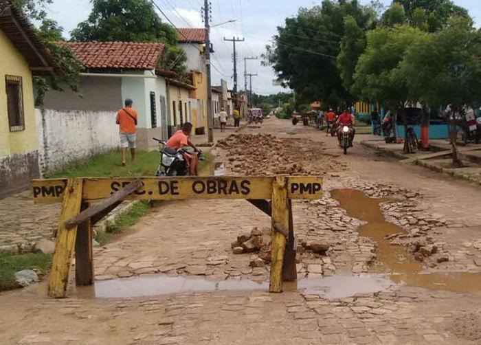 Prefeitura inicia operação tapa-buraco nas ruas de Porto - Imagem 2
