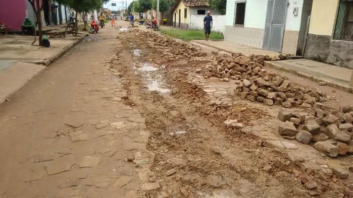 Prefeitura inicia operação tapa-buraco nas ruas de Porto - Imagem 3