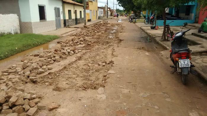 Prefeitura inicia operação tapa-buraco nas ruas de Porto - Imagem 1
