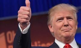 Após derrota no Obamacare, Trump tenta aprovar reforma tributária