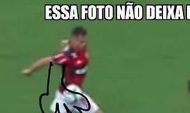 Erro de arbitragem no clássico Flamengo x Vasco rende memes