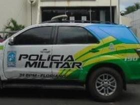Trio é preso após tentar tomar de assalto carro de mulher no PI