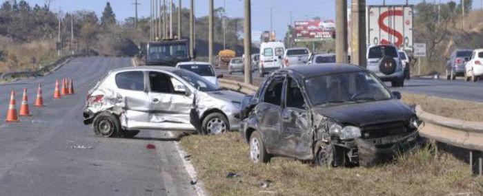Mortes nas estradas entre o fim do ano e o carnaval chegaram a 973