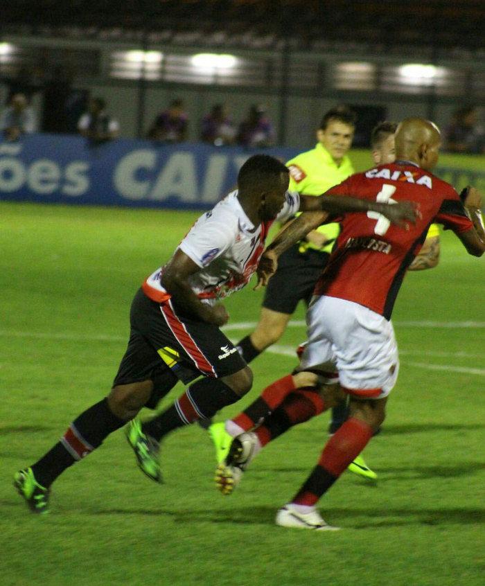 Vitória-BA bateu o River por 3 a 2  (Crédito:  Victor Costa)