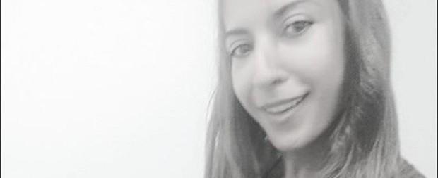 Priscila Pires recebe beijo na barriga e fãs especulam gravidez