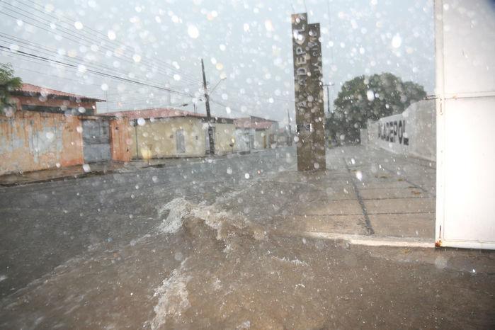 Chuvas devem se manter na média histórica em março (Crédito: Efrém Ribeiro)