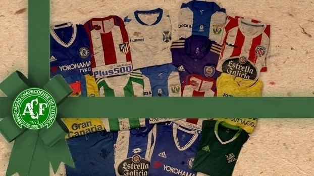 Mais camisas serão leiloadas em apoio à Chapecoense (Crédito: Marca)