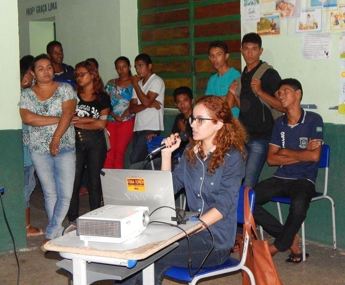 Psicóloga do NASF ministra palestra sobre suicídio para alunos - Imagem 1