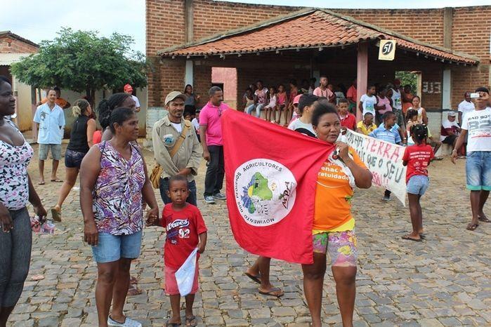 Manifestantes Bloqueiam BR 230, na Altura da Comunidade dos Potes - Imagem 6