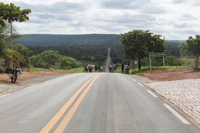 Manifestantes Bloqueiam BR 230, na Altura da Comunidade dos Potes - Imagem 14