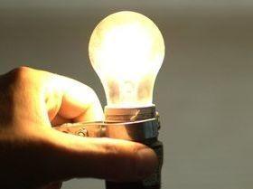 Contas de energia ficarão mais caras em abril, diz Aneel