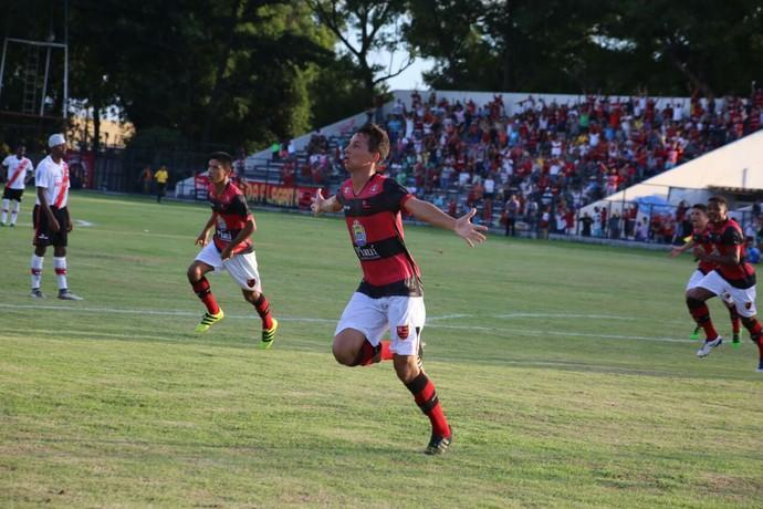 Willian comemora gol do Flamengo (Crédito: Wilson Filho/ECF)