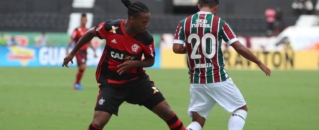 Jornal argentino cutuca o Flamengo e chama a defesa de fraca