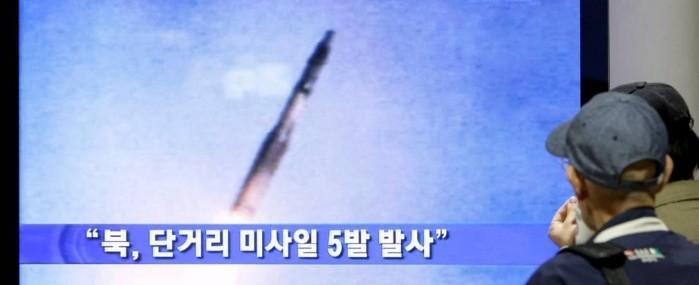 Mísseis lançados pela Coreia do Norte caem no Mar do Japão