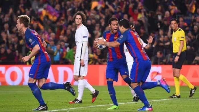 Barcelona faz seis no PSG e avança